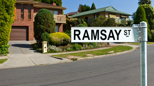 Neighbours - Channel 5